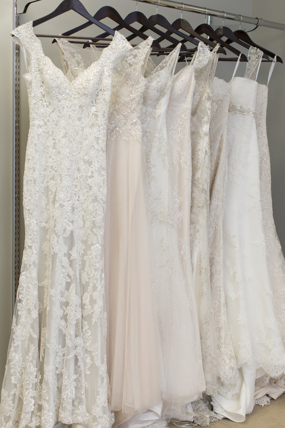Laurie_Brotherton_Charme_Bridal_and_Prom_Boutique_024.jpg