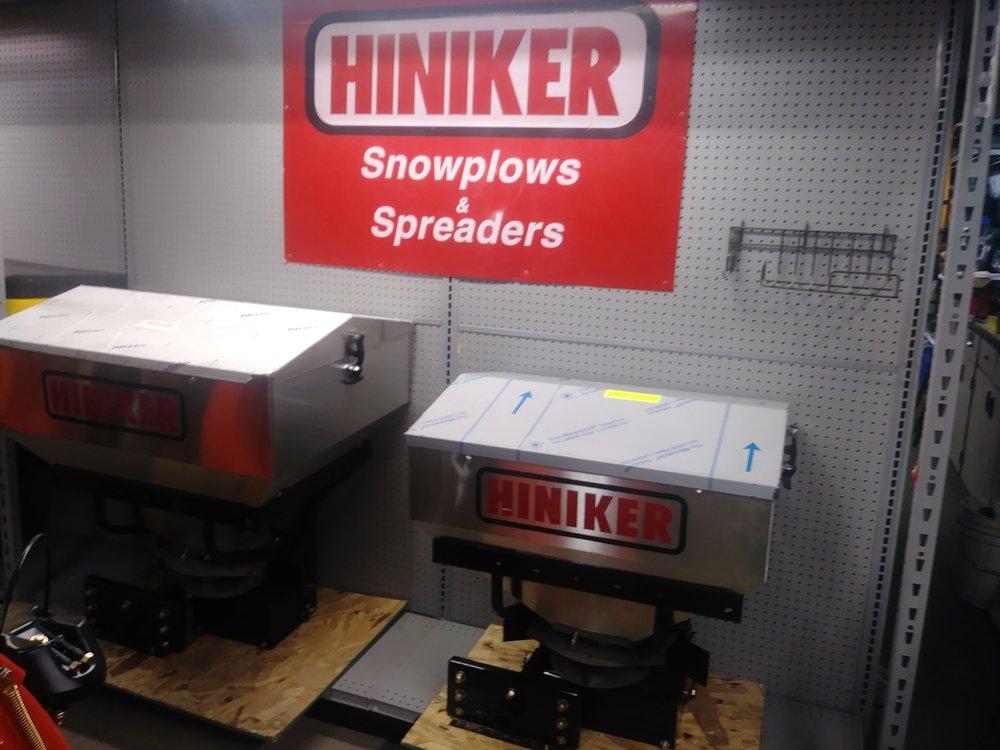 Hiniker Tailgate Spreaders in stock!