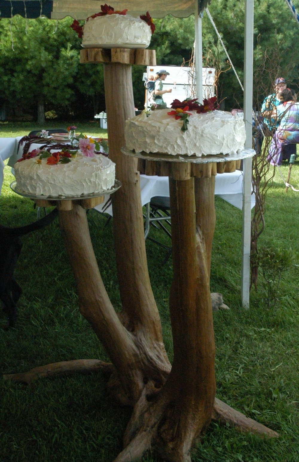 Ironwood Wedding Cake Stand