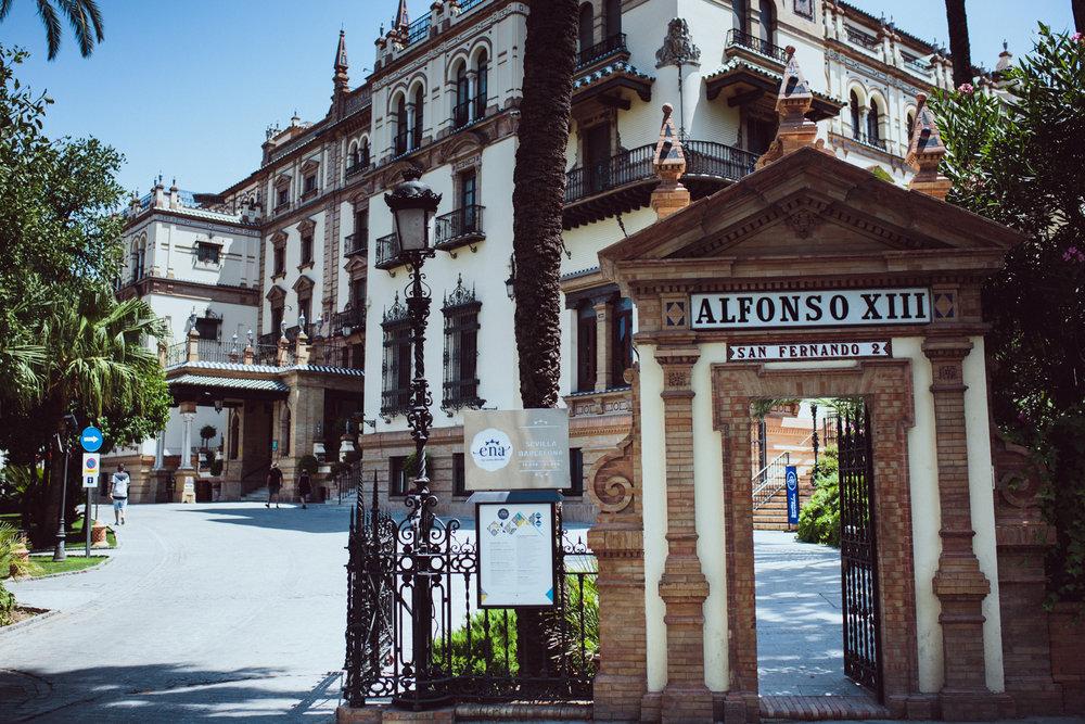 Galia y Andrew. Hotel Alfonso XIII Sevilla-17.JPG