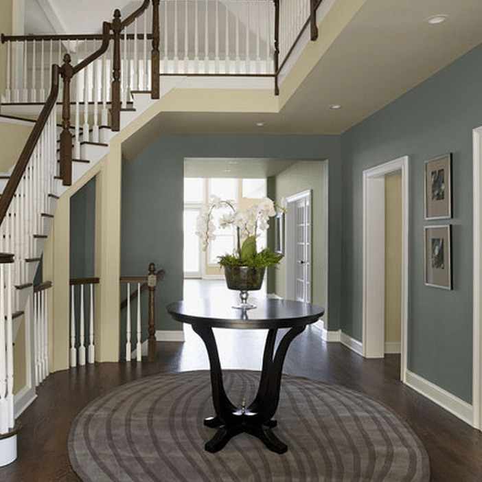 PROJECT IDEAS & INSPIRATION - Whether you are painting, priming or staining, we'll share interior and exterior color ideas, show you how to paint a room and give you Benjamin Moore paint recommendations.Find Some Inspiration