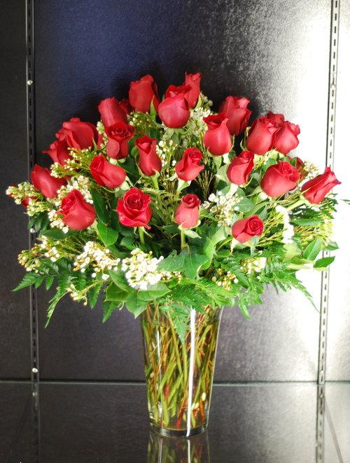 3 Dozen Roses In Vase Amrose Flowers