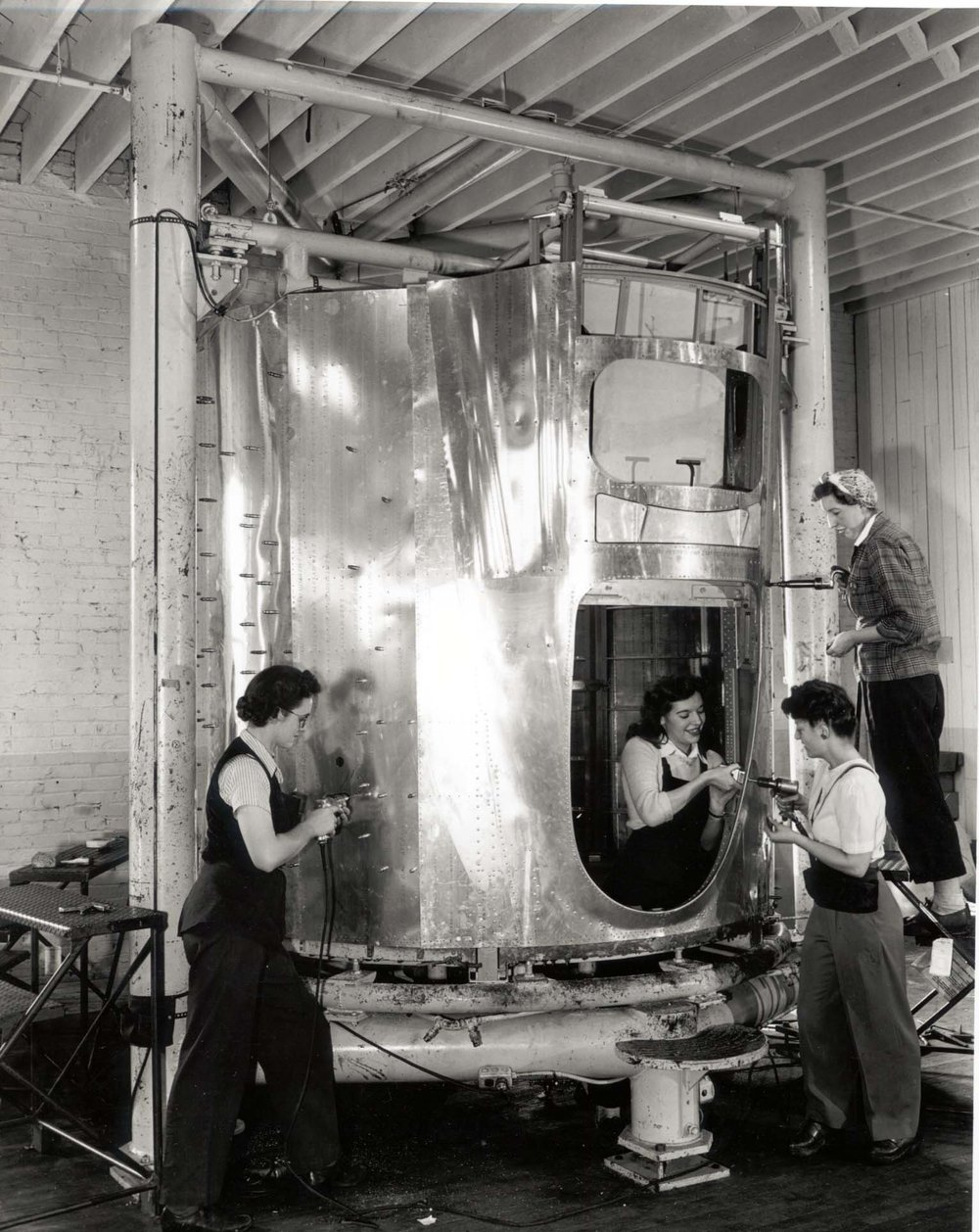 Women hard at work on aircraft at 2804 Grand Avenue.  Image courtesy of the Everett Public Library