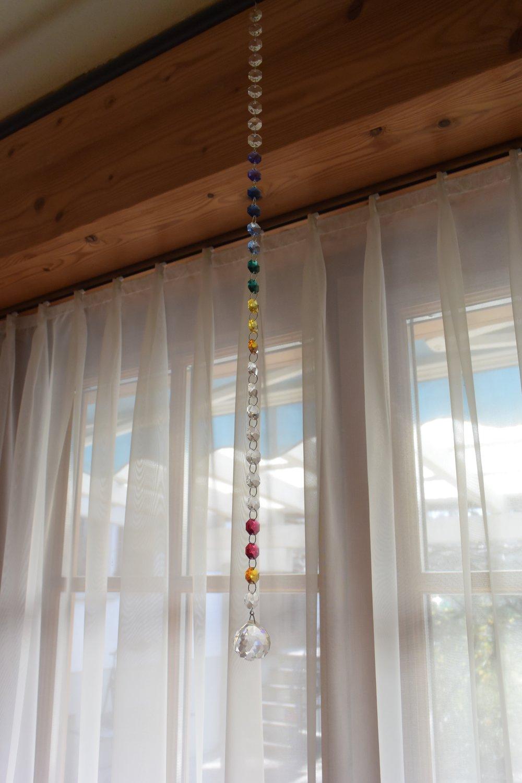 DSC_2236 Glasperlen Fenster.jpg