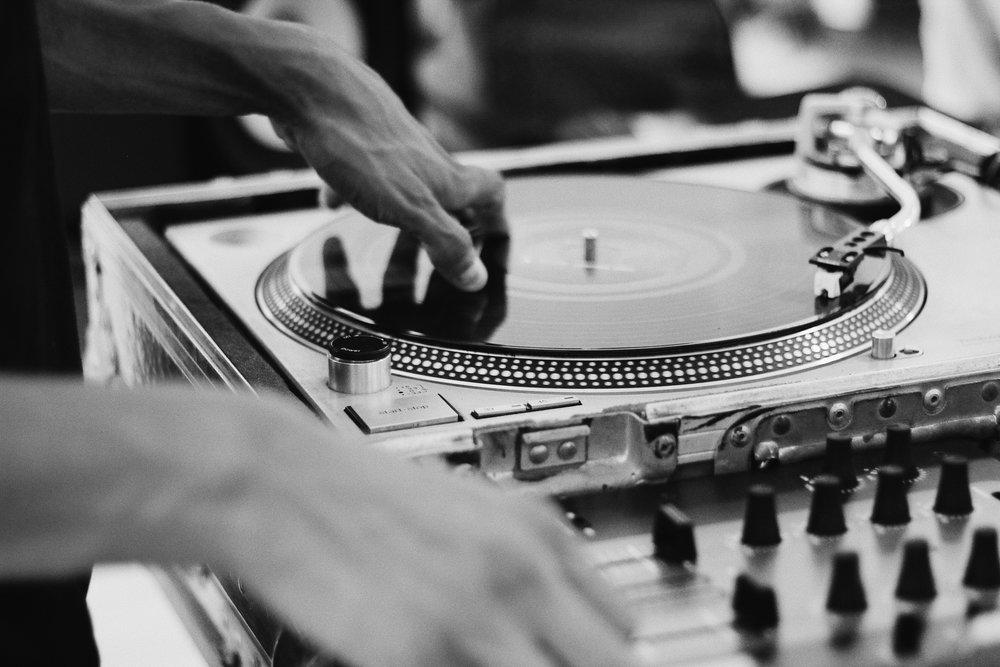 MUSIC - DJ'ing