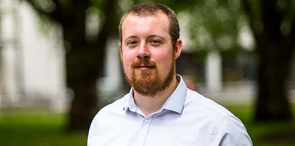 Gavin REED - Gavin manages marketing and communications activites for Touchstone Innovations. He is an expert in Blogs,Social media and Marketing. Gavin holds an MA (hons) in English from the University of St Andrews and marketing qualifications from the Chartered Institute of Marketing.