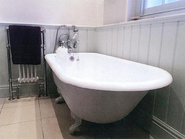 studio-holt-bathroom.jpg
