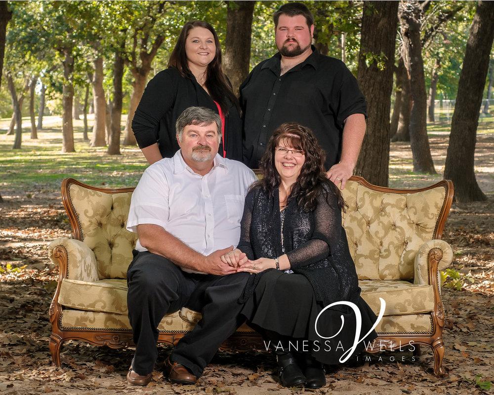 BENSON-FAMILY-109-EDIT(1-8x10).jpg