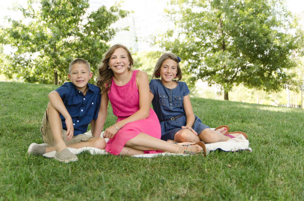 OKC Photographer, Sibling Portraits in the Park