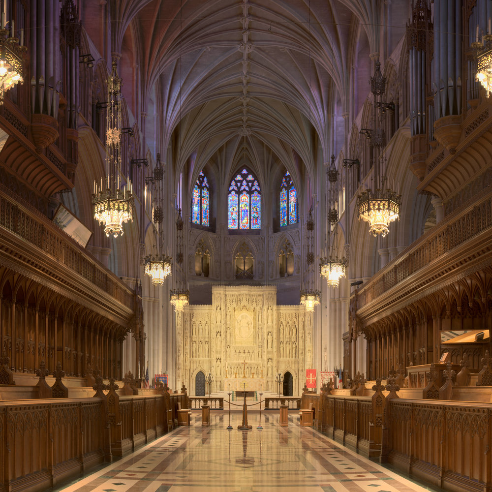 National_Cathedral_Sanctuary_Panorama.jpg