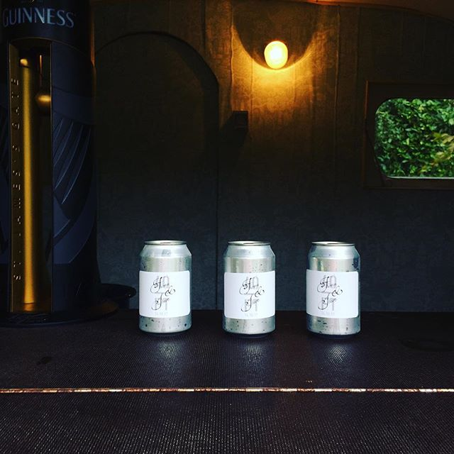 Special edition beer cans from @40ftbrewery, featuring calligraphy by our own co-director Jessica for a very special wedding 🍺 🍺 🍺 🍺 🍺 🍺 #beer #brewery #stiona #beerporn #calligraphy #handwriting #handlettering #branding #brandingdesign #brandingagency