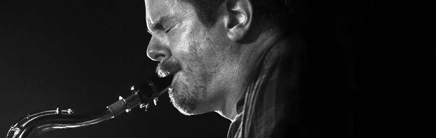 Ken Vandermark Lean Left | photo: Billions