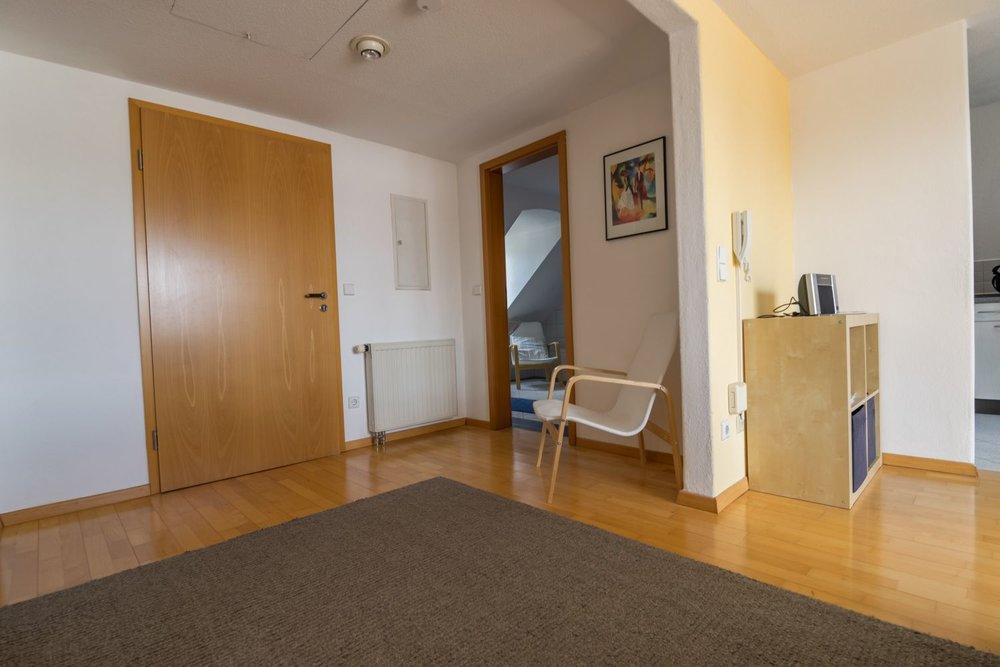 Apartment / Eingangsbereich / Badezimmer