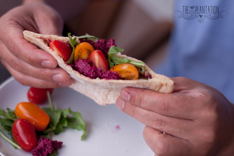 How to make vegan pita bread - The Little Plantation