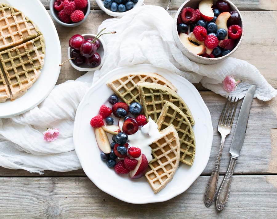 Gluten-free matcha waffles and summer fruits recipe - The Little Plantation