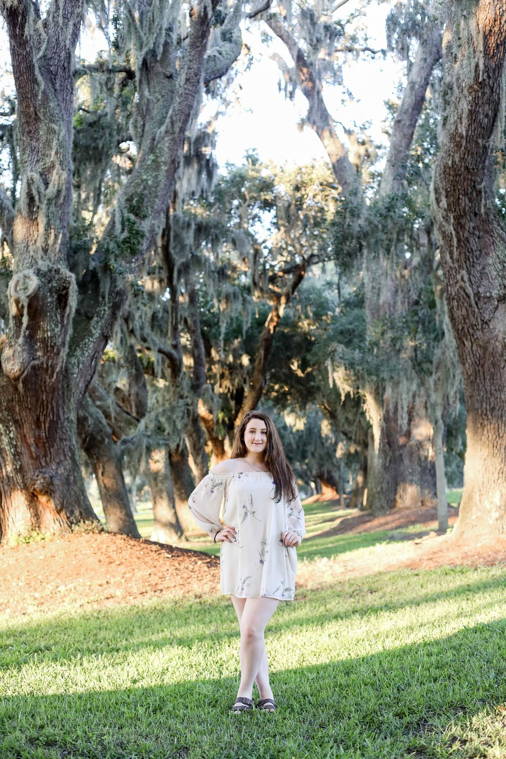 Avenue of the Oaks Rachel Senior Photo 1.jpg