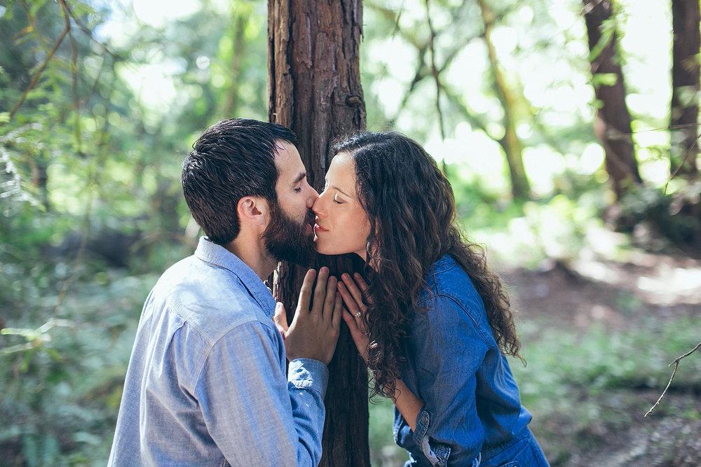 Oakland-Redwood-Engagement_0003.jpg