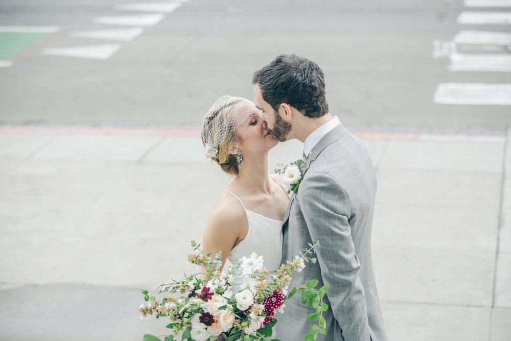 SF-City-Hall-Wedding_00122.jpg