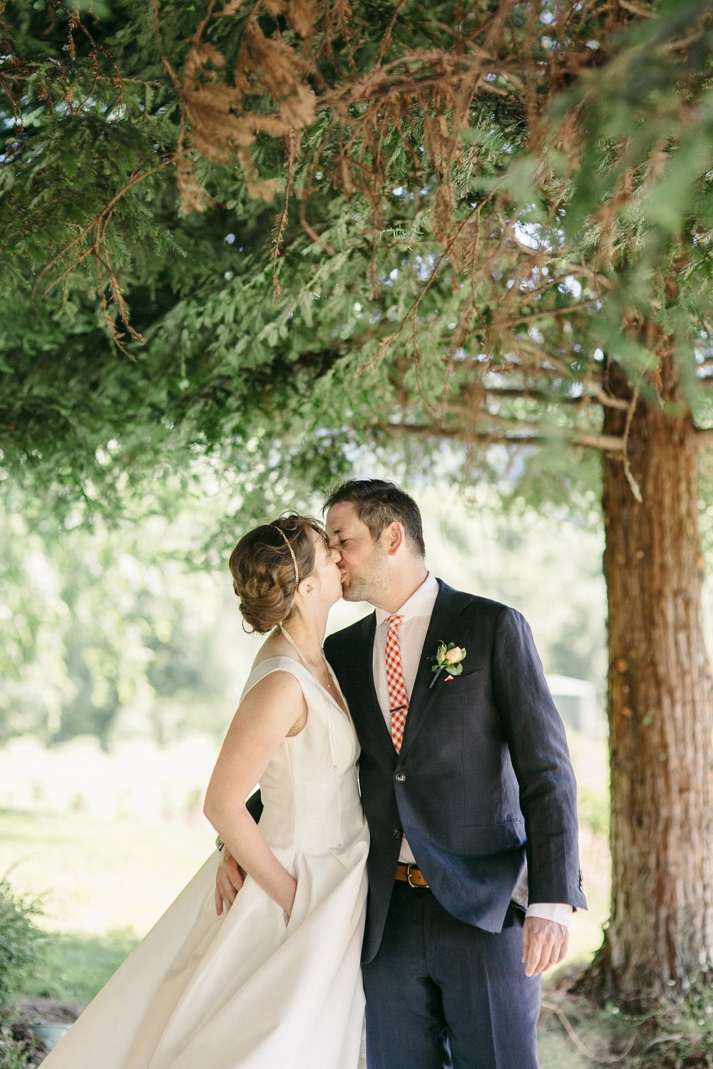 Healdsburg_Dutcher_Crossing_Winery_Wedding_0003.jpg