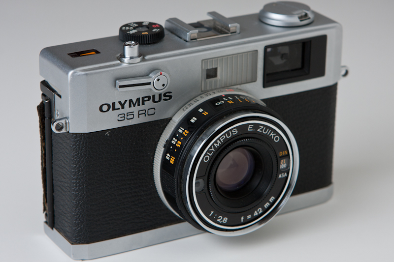 Photograph of an Olympus 35 RC 35mm rangefinder camera