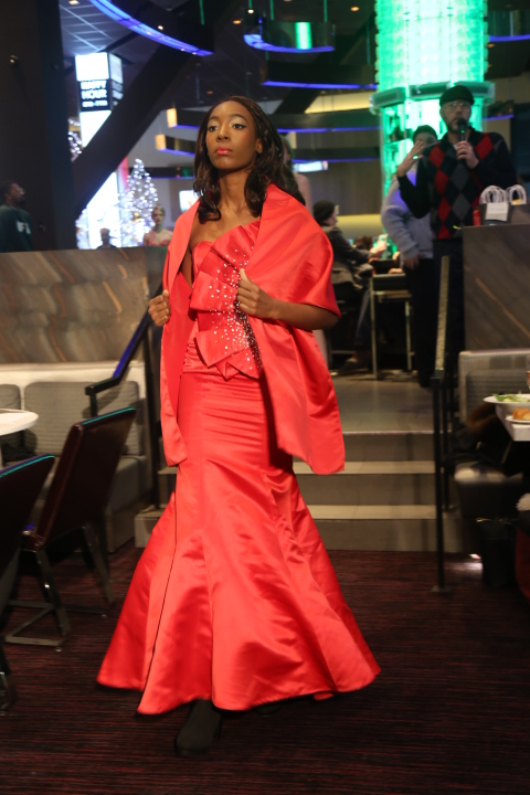 Golden Lion Images By Konata The Runway  Realway Show 12-11-16 281.jpg
