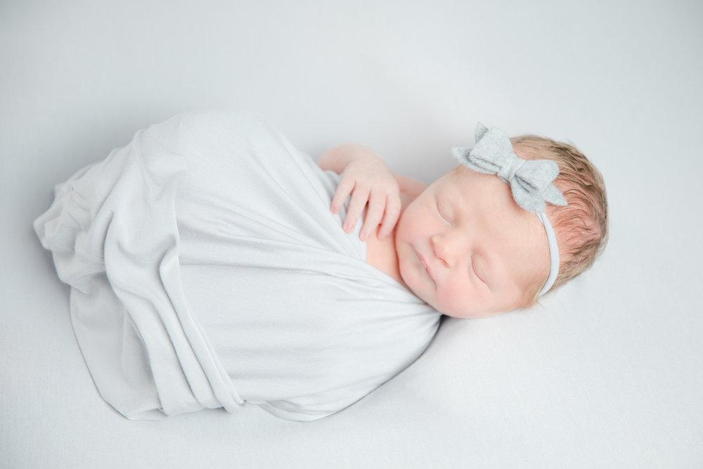 sloane_newborn_web-9.jpg