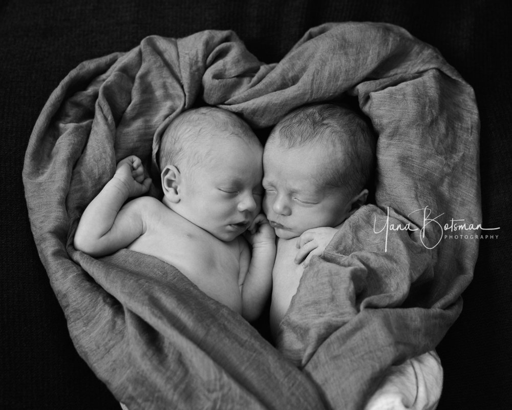 lovely-twin-brothers-denver-photography.jpg