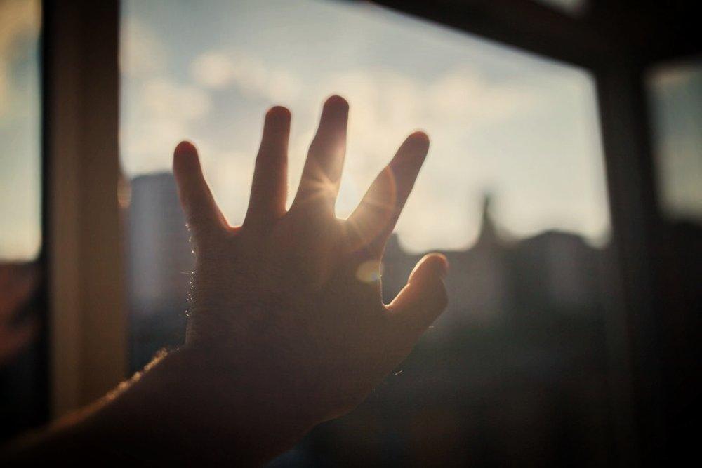 hand-in-sun.jpg