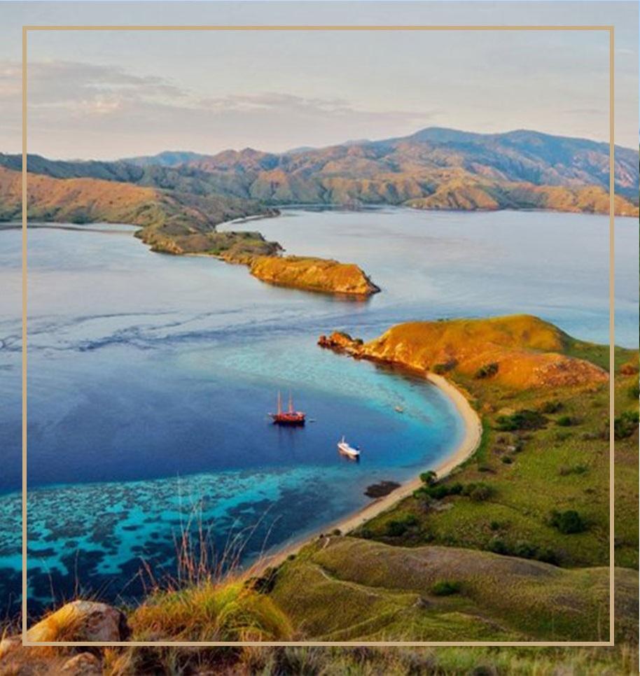 Gili-Lawa-Laut-view-landscape