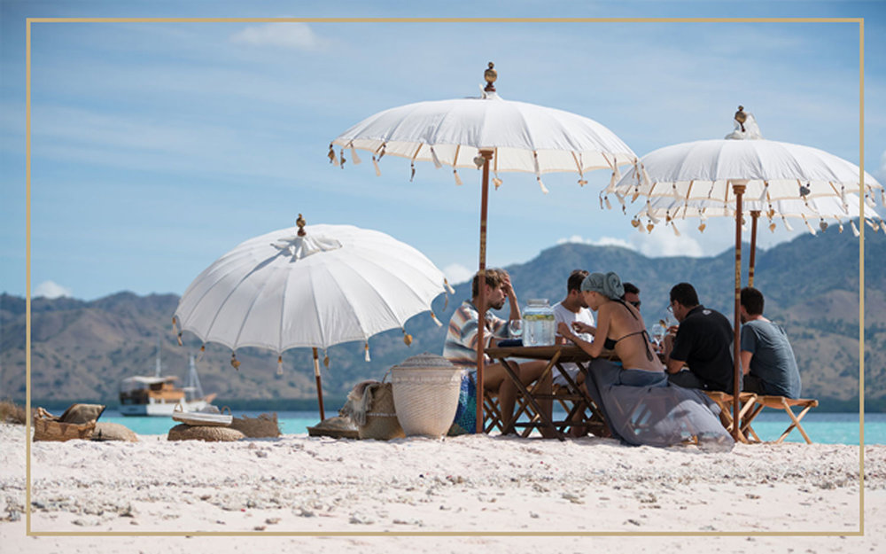 LUNCH / DINNER ON SECRET ISLAND - Have a romantic dinner on the beach facing the magnificent sunset in our secret location. It will be THE most romantic thing in the world, with you and your beloved significant other under the star with no-one else around on an island in the middle of the ocean, sign me up please!