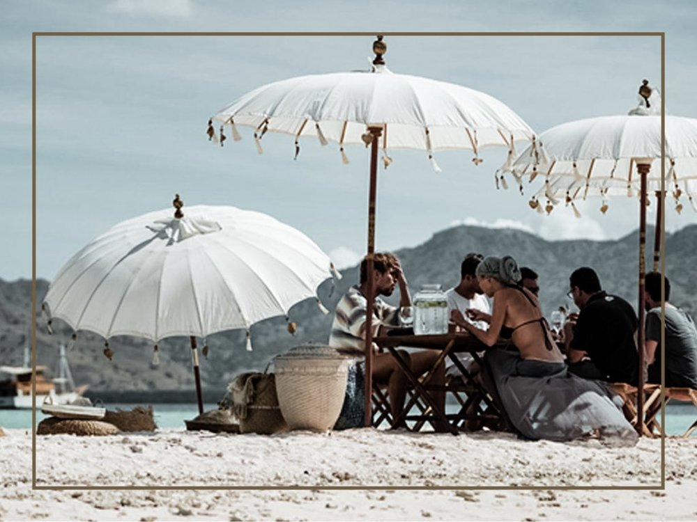 LUNCH / DINNER AT THE SECRET BEACH - Having lunch / dinner at the secret beach with an unbeatable beautiful view of Komodo Islands is a special experience you will have with us. Our professional chef will prepare a delicious and mouth-watering meals for you, as well as our crew will make sure you have the best service experience. Delicious meal and beautiful view, what a perfect combination!