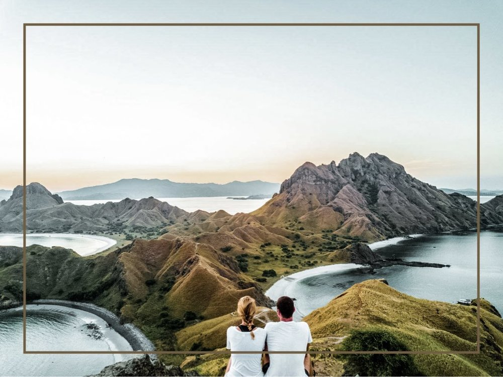 - Imagine that you are surrounded by the green savannah mountains with the crystal clear water around. That is exactly what you will find in Komodo Islands, makes it a great destination for a sightseeing in the world. Not only you can see the original habitat of Komodo dragon, but you can also to go trekking and enjoy the unbeatable beauty of Komodo Islands.