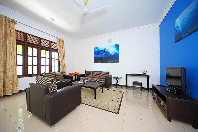 maldives-common-room.jpg