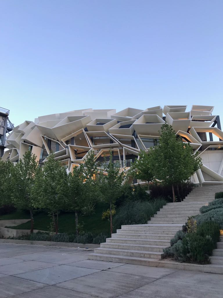 Convention Centre (Greenland), Shiraz