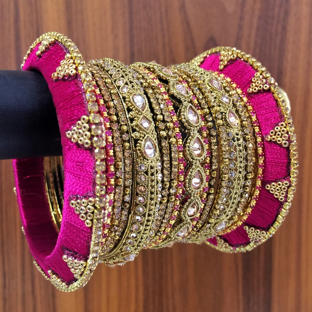 Fuchsia thread bangle set