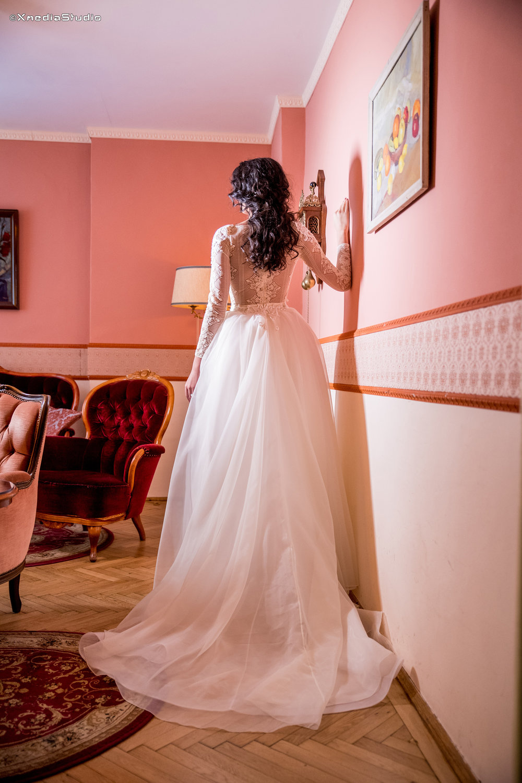2018 wedding dresses fashion by laina (88).jpg