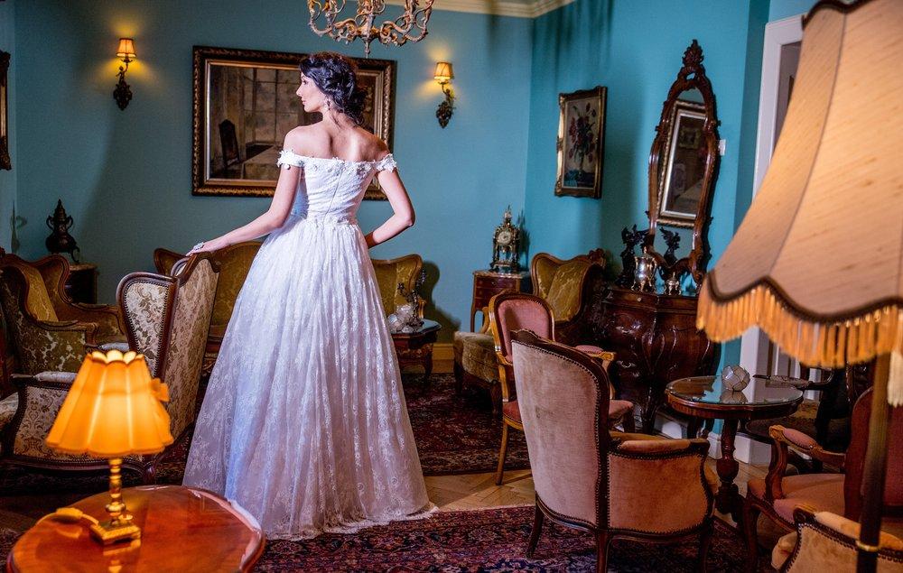 2018 wedding dresses fashion by laina (55).jpg