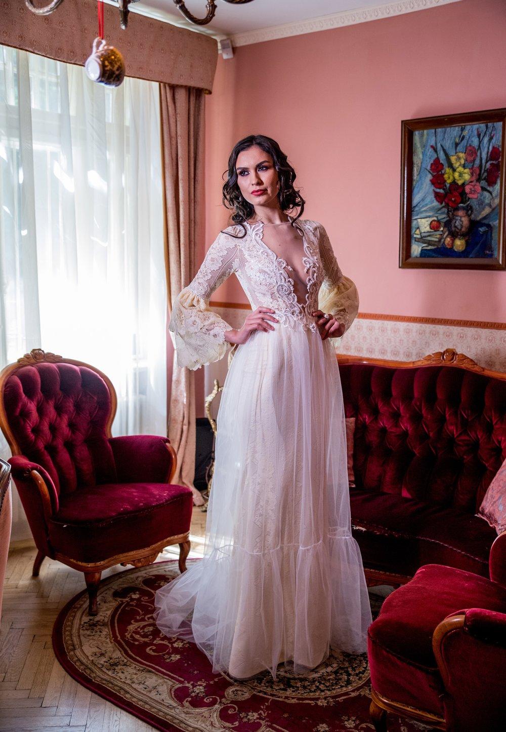 PIOVINE Wedding Dress