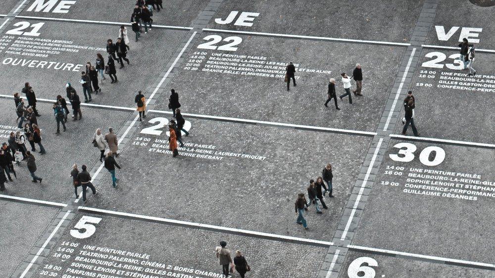 Zielgruppe definieren - Entscheidend für eine erfolgreiche Online Kampagne ist es potentielle Wähler in der breiten Masse zu identifizieren und sie mit individualisierten und interessanten Inhalten zu erreichen.Aber auch, um gezielt weitere potentielle Interessenten zu finden und diese mit gutem Inhalt zu überzeugen, so dass sie aktive Wähler werden und bleiben.Wir unterstützen Sie gerne bei der Identifizierung Ihrer idealen Zielgruppe.