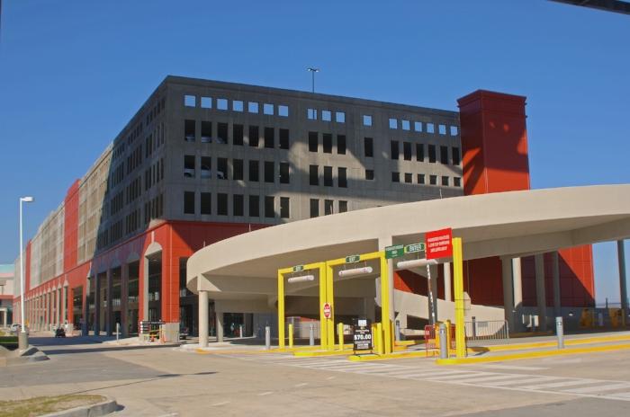 Erato Street Cruise Terminal and Parking Garage