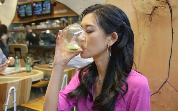 kelly-choi-drinking-matcha-tea-600x377.jpg