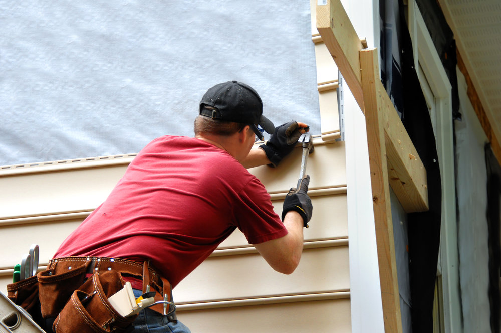 RESIDENTIAL AND COMMERCIAL SERVICES    - Consultation    - Siding Installation    - Siding Repair