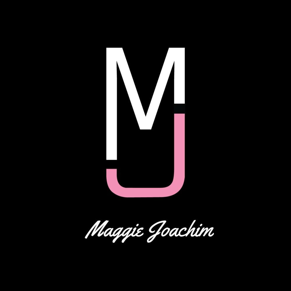 Maggie Joachim Black Circle Signature.png