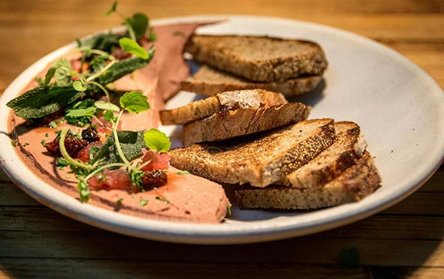 Did you know that Happy Hour at the bar 5:30-7:00pm every Tuesday-Friday features snacks like our chicken liver with house made toast in addition to drink deals? Now that's a reason to say #FRIYAY