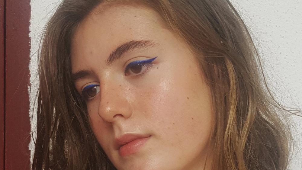Eyes - Sephora coloured liner