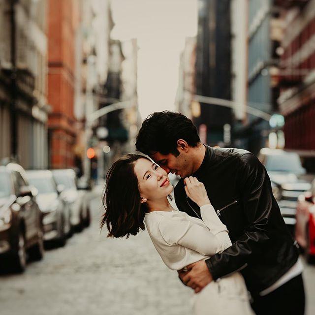 I just love the wide streets and architecture of SoHo, it's such a fun place to shoot 👌🏻 . . . . . #newyorkweddingphotographer #brooklynweddingphotographer #nycweddingphotographer #ohioweddingphotographer #nycengagementphotographer #redhook #couplesphotoshoot #brooklyn #radstorytellers #wanderingweddings #muchlove_ig #belovedstories #dirtybootsandmessyhair #oarsandbeanies #beautifulkindoflove #wildandcrazylove #loveandwildhearts #photobugcommunity #gpresets #junebugweddings #greenweddingshoes #adventerouslovestories #myfavoritelovestory