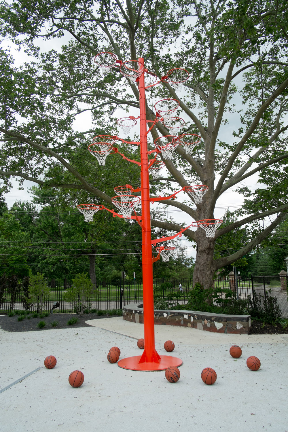 Orange Tree 2003-2010, Lacquered aluminum, metal hoops, basketballs