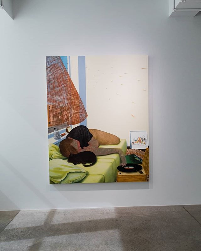 Nicole Eisenman's lounging figure in Close to the Edge, 2015, transmits a sense of relaxation and comfort - listening to a record with a window open, curtain blowing in the breeze, a crystal filtering light into an array of rainbows across the wall. While the painting has a languid feeling of a summer day, it also works to address Eisenman's claim that we know the world - its politics, its history, our partners, our culture through the body. Visit us this weekend, Saturday 10am-5pm and Sunday 12pm-5pm to explore GO FIGURE and ALEC SOTH, on view through August 12, 2018. #contemporaryart #alecsoth #gofigure #painting #nicoleeisenman #body #figure #artmakescbus