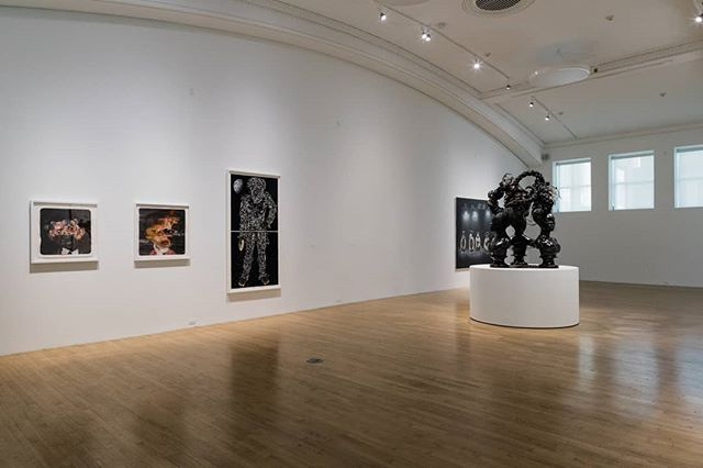 There's just about a week left to see GO FIGURE and ALEC SOTH, our two summer exhibitions on view through August 12, 2018. GO FIGURE features artists that engage with the human form, sampling the art historical canon, covering established standards of beauty, Minimalism's grid, Pop Art's flatness, Surrealism's non sequiturs and even the pixels of our omnipresent digital life. And ALEC SOTH presents twenty-seven works that belong to a longstanding photographic tradition of American photography from Robert Frank to Walker Evans to Diane Arbus and Dorothea Lange - meditative documentations of the weird, the uneasy, and thoroughly beautiful world of this moment. #contemporaryart #alecsoth #gofigure #photography #painting #visualarts #collage #sampling #arthistory #lifeincbus #expcols #artmakescbus