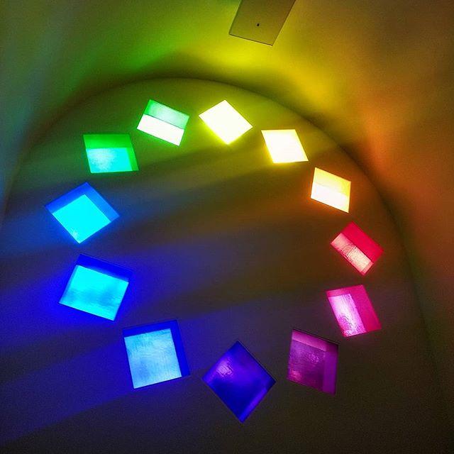 #color #colorspectrum #visualart #contemporarymusic #contemporaryart